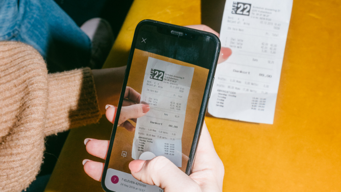 Pleo launches feature for tracking out-of-pocket expenses